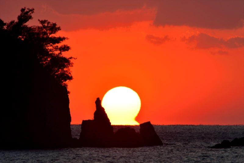 夕焼けの桂浜