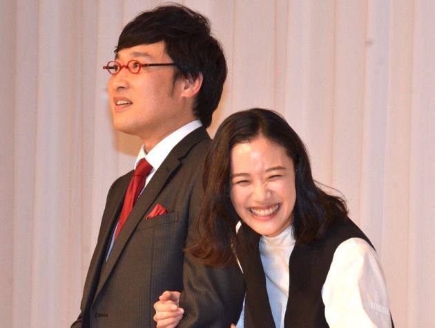 山里亮太と蒼井優の新婚旅行はどこへ?