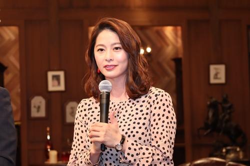 NHK紅白ウラトークチャンネル2019サポートは杉浦友紀