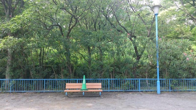 耳をすませばの聖地・ロケ地の団地裏の公園